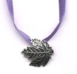 Maple Leaf Choker